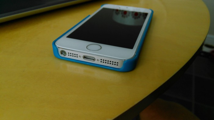 The Snugg iPhone 5 case review