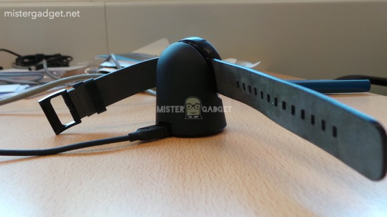Moto 360 images leak   looks good