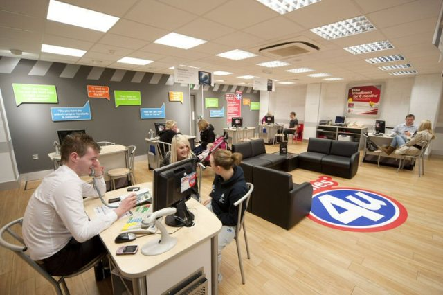 Phones 4u gets ditched by Vodafone