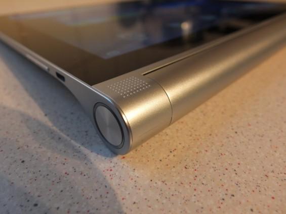 Lenovo Yoga 2 Tablet Pic2
