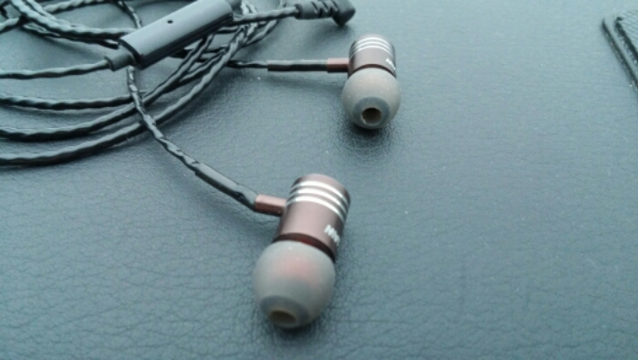Reviewed   Rock Jaw Hydra headphones