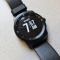 LG G Watch R Pic1