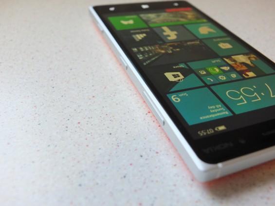 Nokia Lumia 830 Pic8