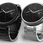 Moto 360 gets a little bit more watch-like