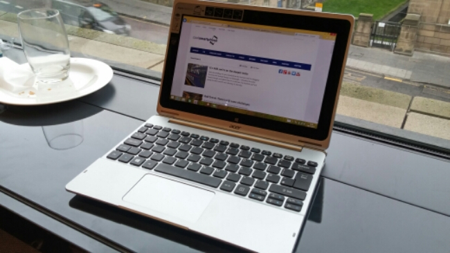 A look at the Aspire Switch 10