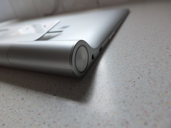 Lenovo Yoga Tablet 2 Pro Pic13