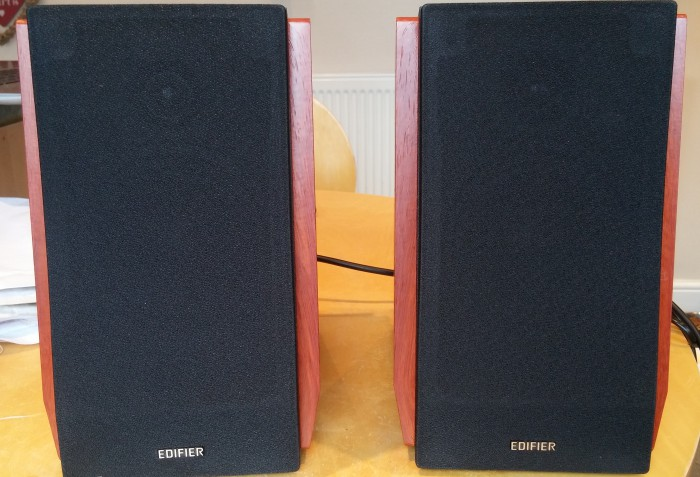 Edifier R1700BT Bluetooth speakers review
