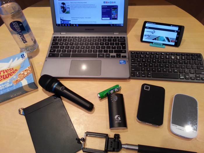 Whats in my bag (Leigh)   MWC 2015
