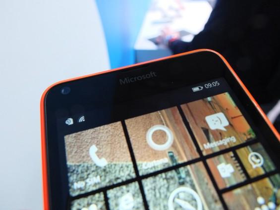Microsoft Lumia 640 pic2
