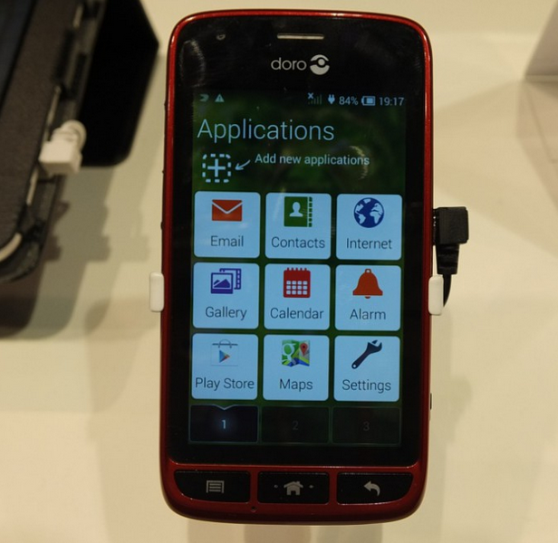 MWC   Tesco Mobile to take on the Doro 820 Mini