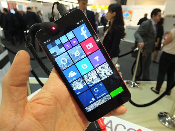 MWC   YEZZ and their Windows Phones
