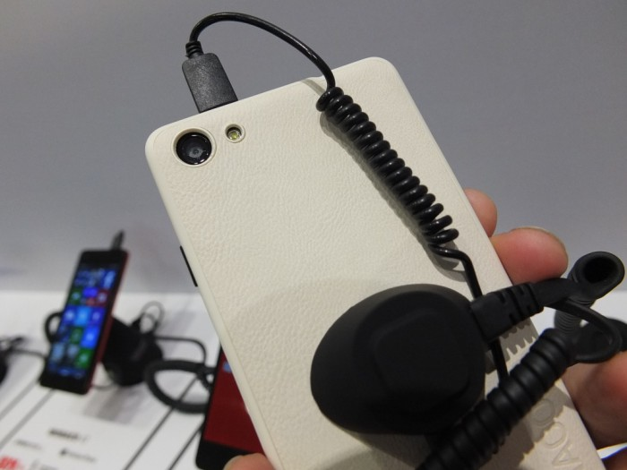 YEZZ Windows Phone Pic4