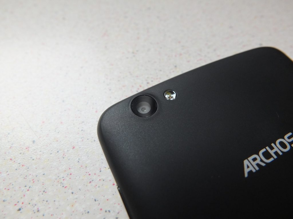 Archos Platinum 52   Review