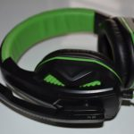 EasyAcc two-channel stereo gaming headphones review.