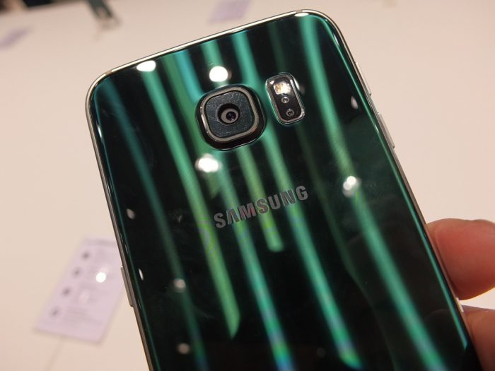 Go Green with the Samsung Galaxy S6 edge on Vodafone