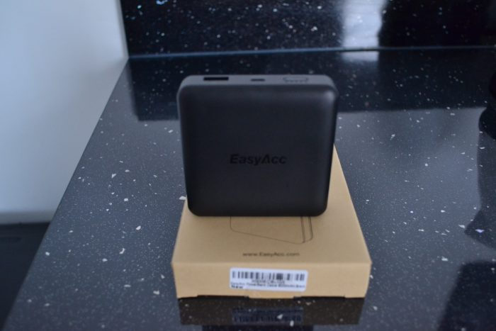 EasyAcc 9000mAh Powerbank   Review.