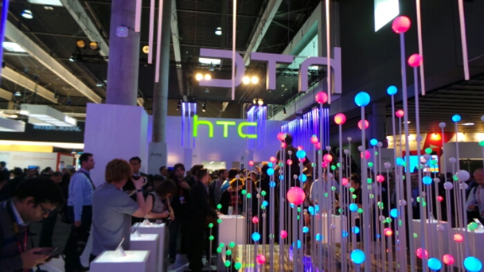 HTC Buy back their own shares