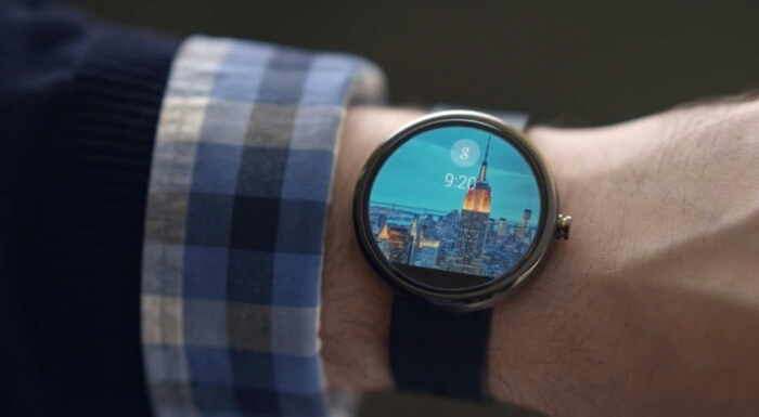 Fossil to launch an Android Wear watch.