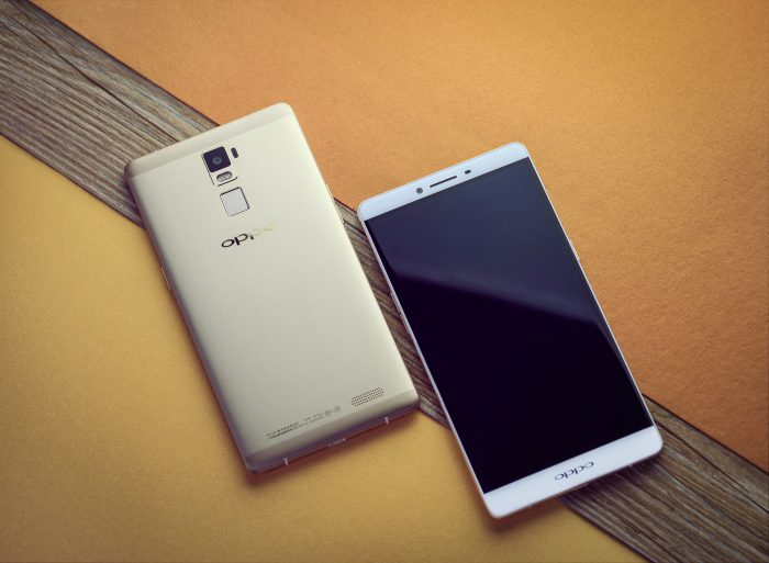 Oppo R7 goes up for pre order