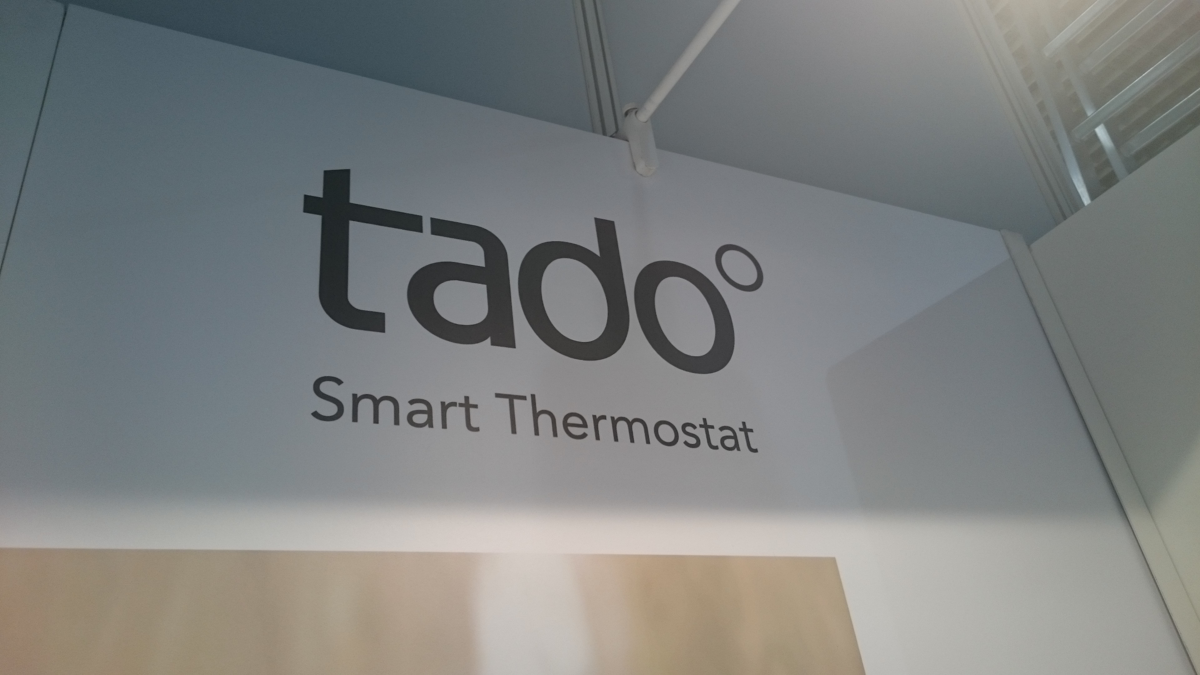 ifa tado smart thermostat coolsmartphone. Black Bedroom Furniture Sets. Home Design Ideas