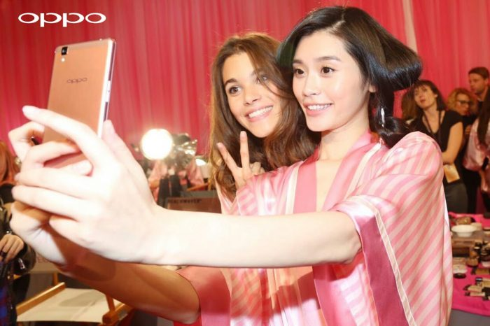 Oppo handset snaps up some underwear models
