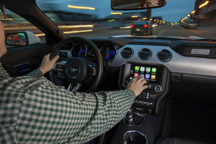 Ford and Fiat Chrysler to support Android Auto