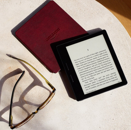 New Amazon Kindle   £270!!!   Enter the Kindle Oasis