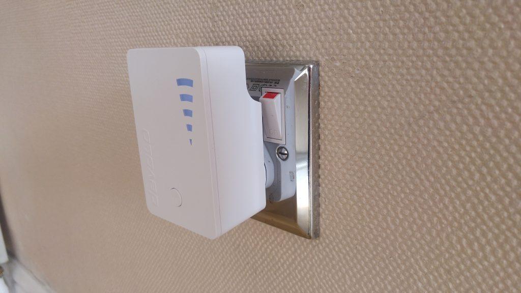 Kết quả hình ảnh cho Devolo WiFi AC Repeater Review