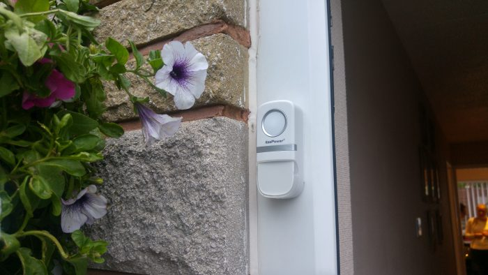 Im reviewing a doorbell. A DOORBELL. The KooPower Wireless Doorbell   Review