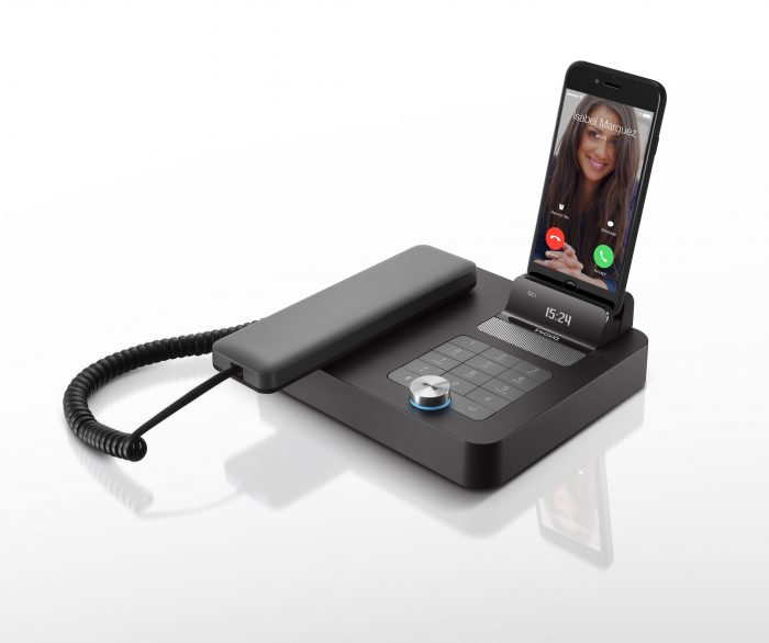 Turn your mobile phone into a desk phone   the NVX 200
