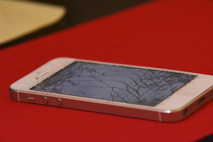 The smartphone   A vital piece of evidence after a fatal accident
