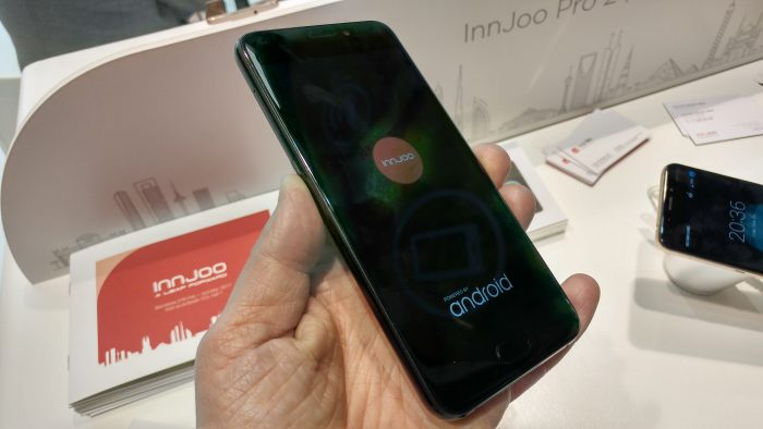 MWC   InnJoo Pro 2 Hands on.