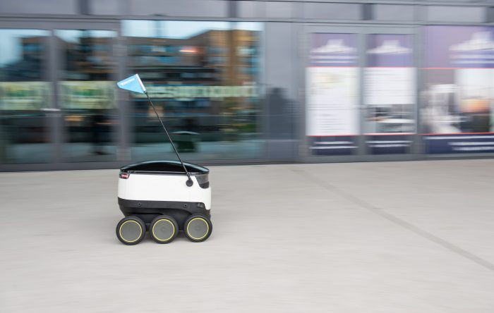 Hermes testing robot deliveries