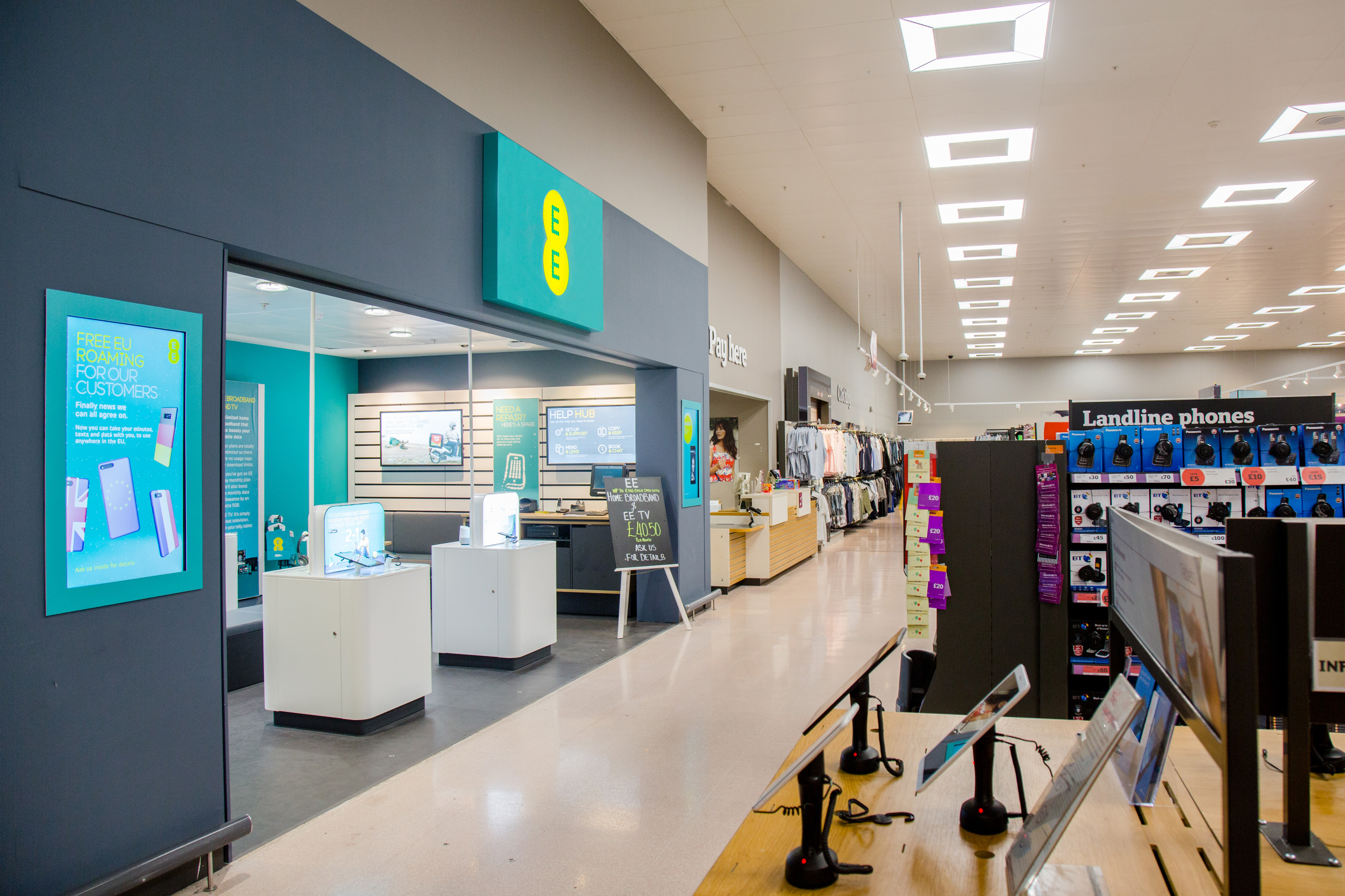 More EE stores comin' at ya - Coolsmartphone