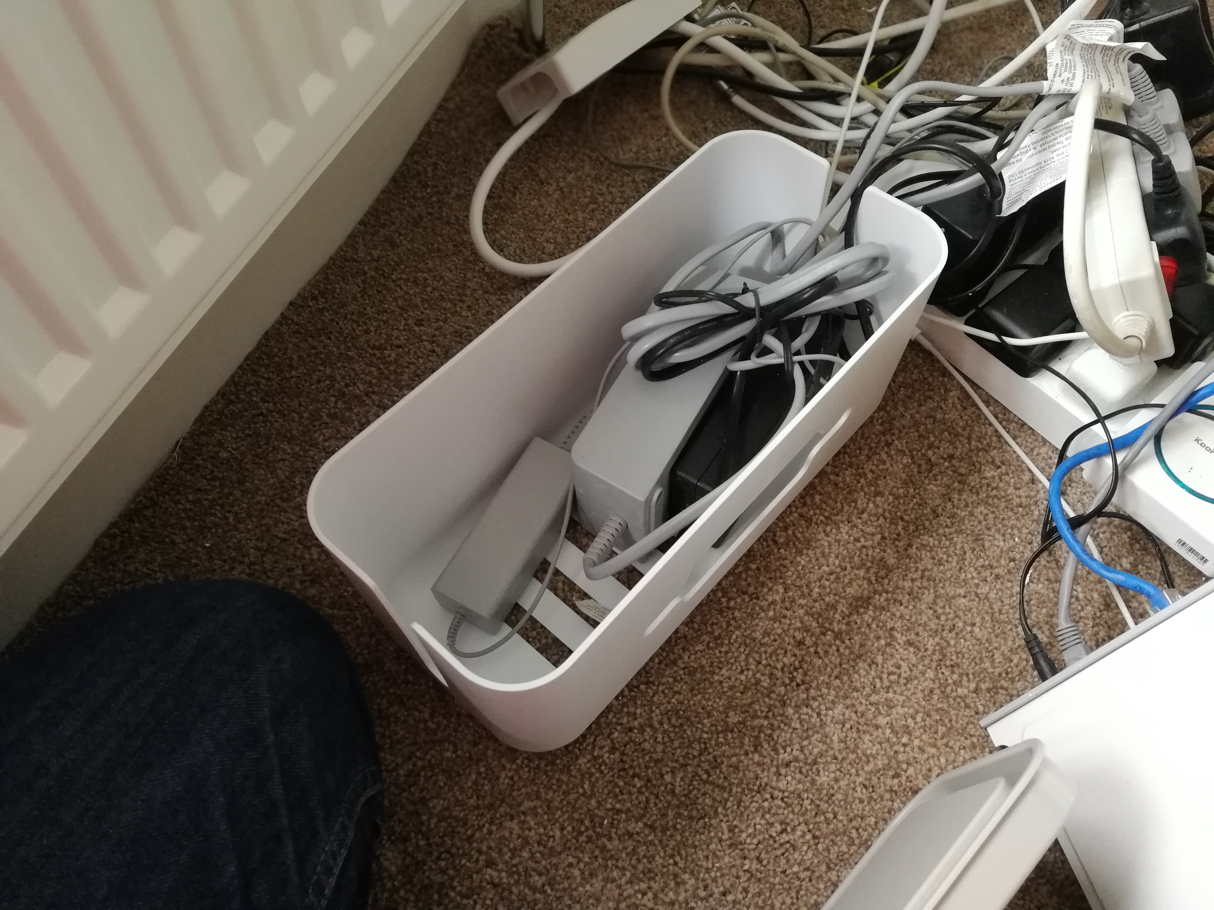 Qicent Cable Management Container