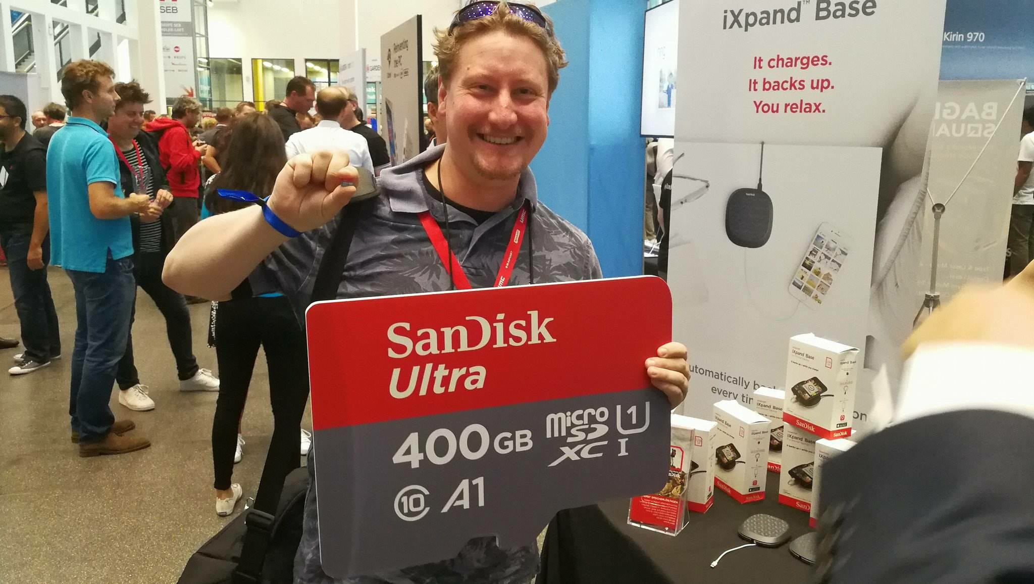 SanDisk to release a whopping 400GB SD Card.