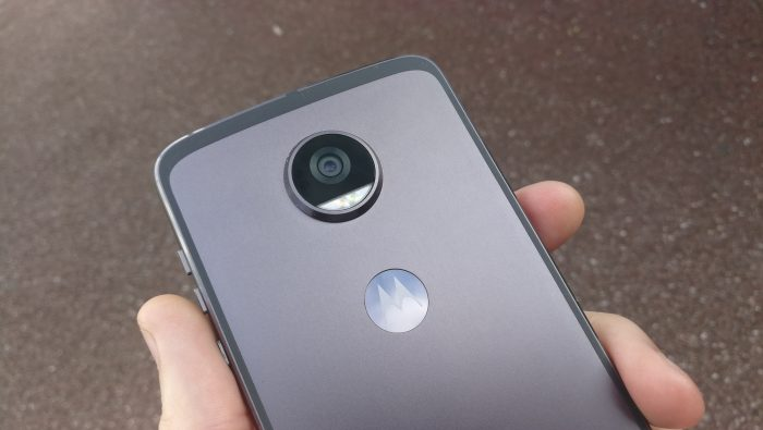Hands on with the Moto Z2 Play