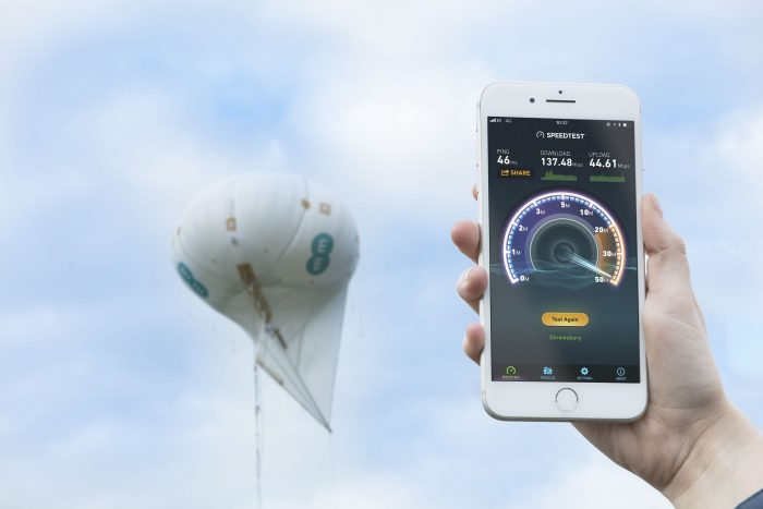 EE sticks a mast in the sky to cover biking event