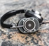 Master & Dynamic MH40 Premium Headphones   A Review