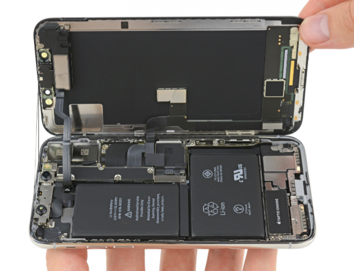 The iPhone X   In bits!
