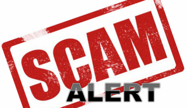 Three warn customers over call scam