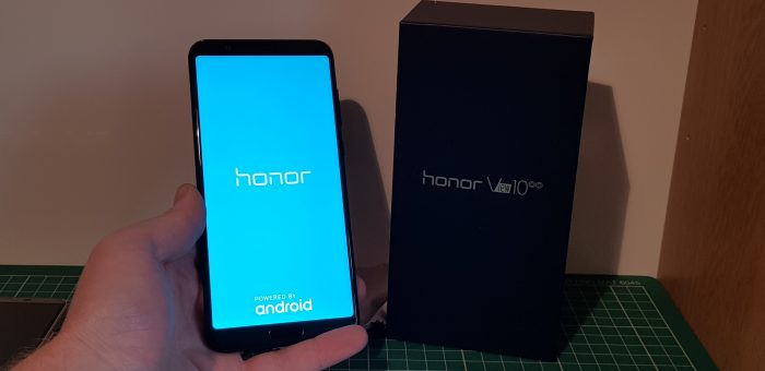 Unboxing the Honor View 10