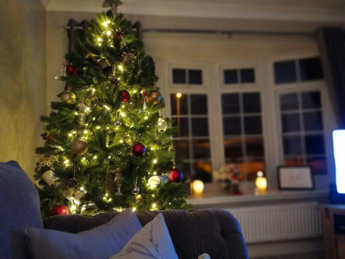 A geeky way to control those Christmas lights