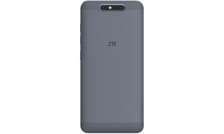 ZTE Blade V8 comes to Three