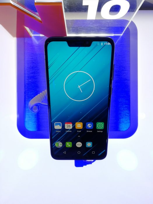 #MWC18   A look at that NOA N10 iPhone X lookalike