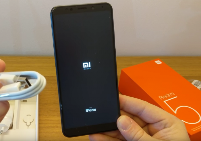 Xiaomi Redmi 5 Plus Unboxing