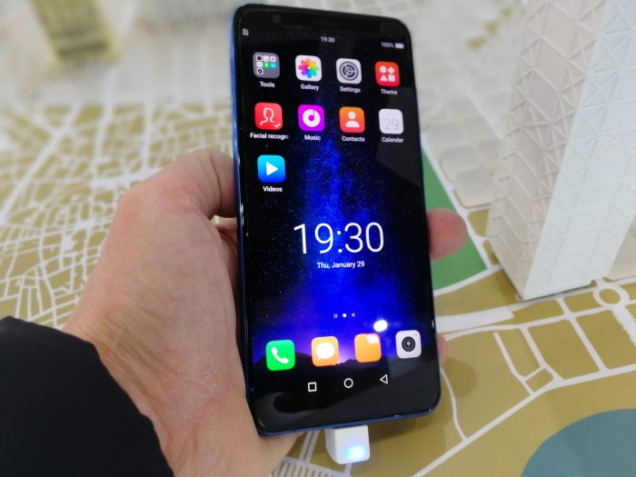 #MWC18   Hands on with the Hisense Infinity H11 Pro
