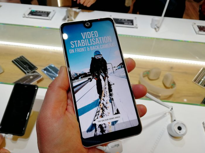 #MWC18   Hands on with the Wiko View 2 and View 2 Pro. Another notch!