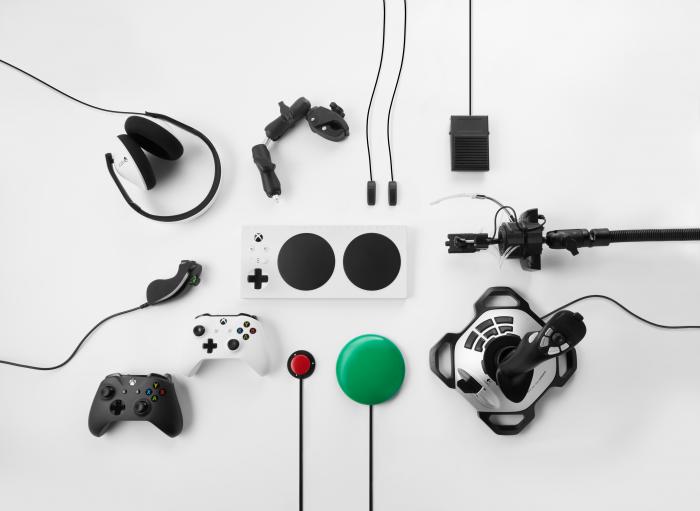 Xbox Adaptive Controller 235