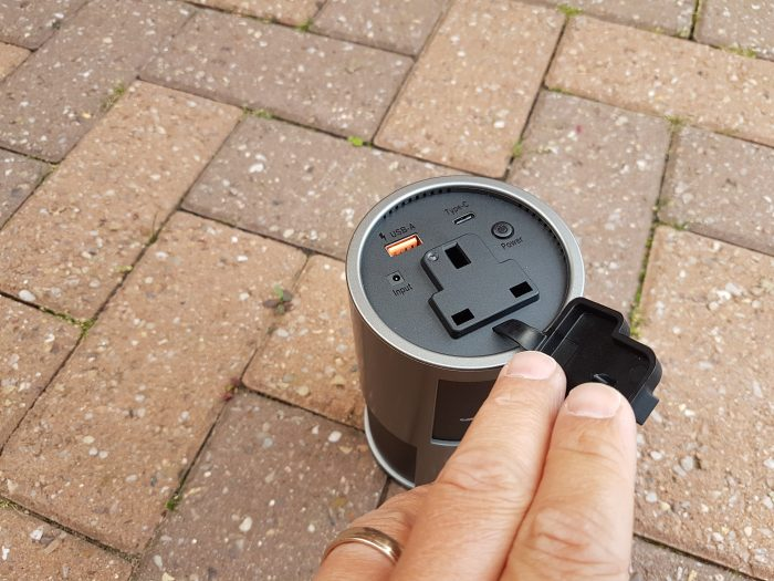 A cool experiment with the Novoo portable charger